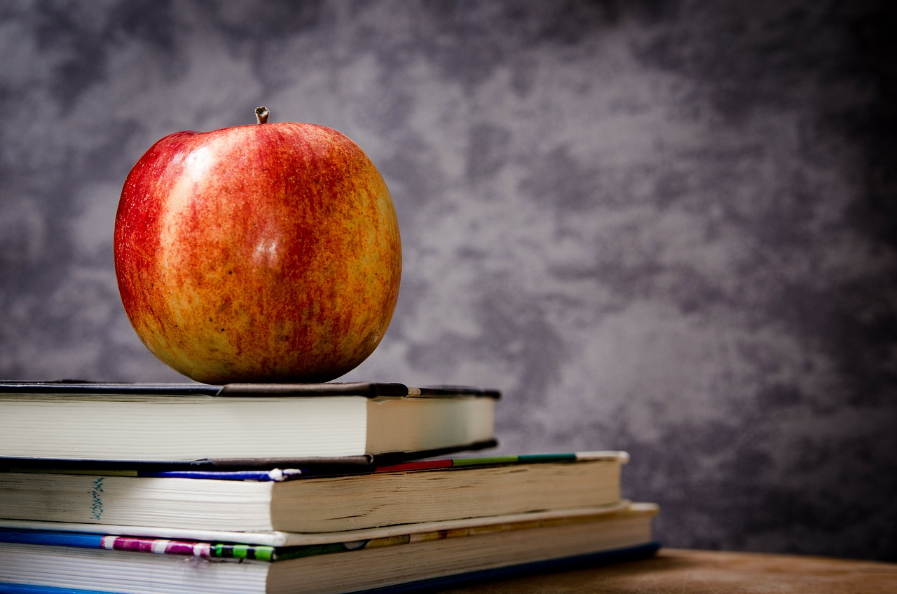 Apple, Books and Blackboard